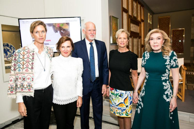 Ιωάννα Μαρτίνου, Φωτείνη Μπίνιου, Γιώργος Παπανδρέου,  Kerry Kennedy,  Μαριάννα Β. Βαρδινογιάννη