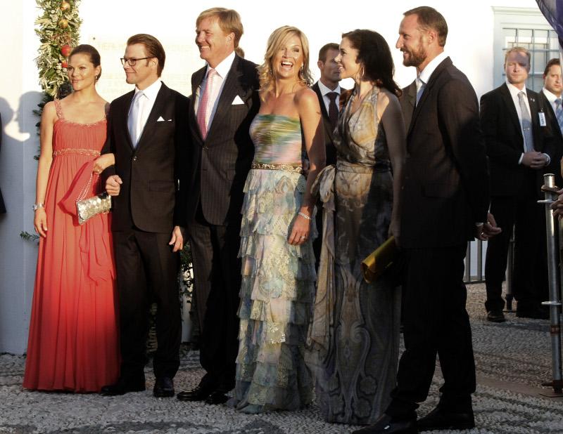 Η βασιλική οικογένεια της Ολλανδίας στον γάμο του Νικόλαου Γλίξμπουργκ