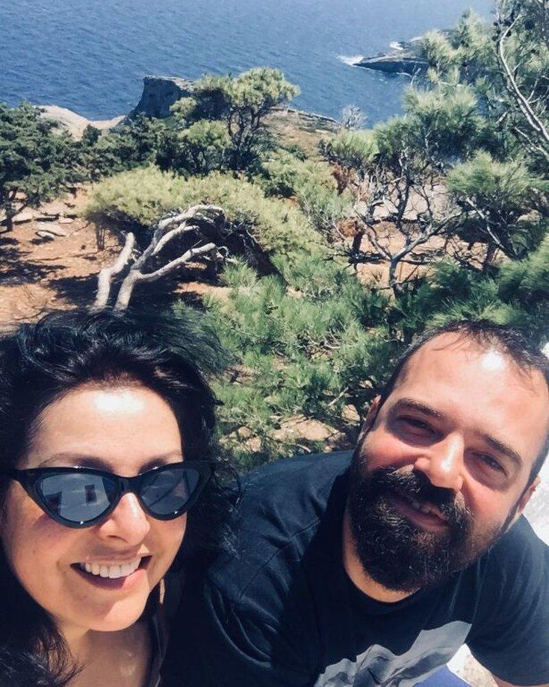 Η Βασιλική Ανδρίτσου με τον σύζυγό της Νίκο Συμεωνίδη