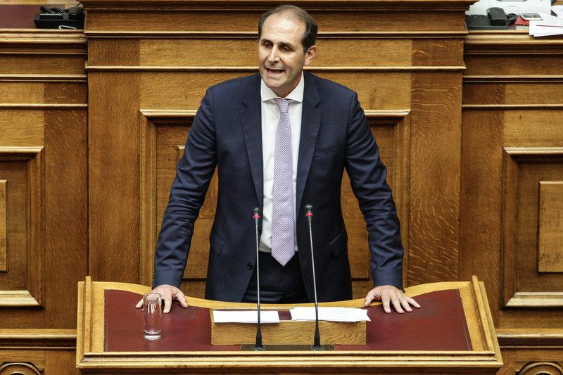 O νέος υφυπουργός Οικονομικών Απόστολος Βεσυρόπουλος