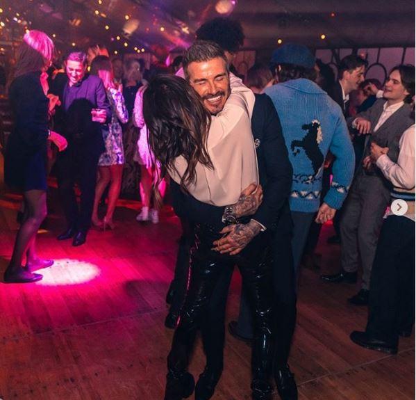 Ντέιβιντ Βικτόρια Μπέκαμ χορεύουν