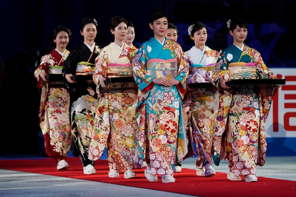 Το κιμονό είναι παραδοσιακό ένδυμα της Ιαπωνίας
