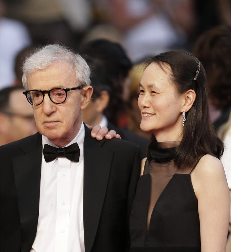 Ο Γούντι Άλεν με την σύζυγό του Σουν Γι