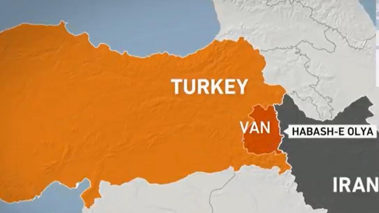 Στο χάρτη βλέπετε με κόκκινο χρώμα την επαρχία Βαν, στα σύνορα της Τουρκίας με το Ιράν που επλήγη από τον σεισμό