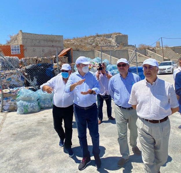 Στόχος είναι να κλείσουν και οι 14 χωματερές στα νησιά του νότιου Αιγαίου έως το 2022, τόνισε ο υπουργός Περιβάλλοντος και Ενέργειας, Κωστής Χατζηδάκης
