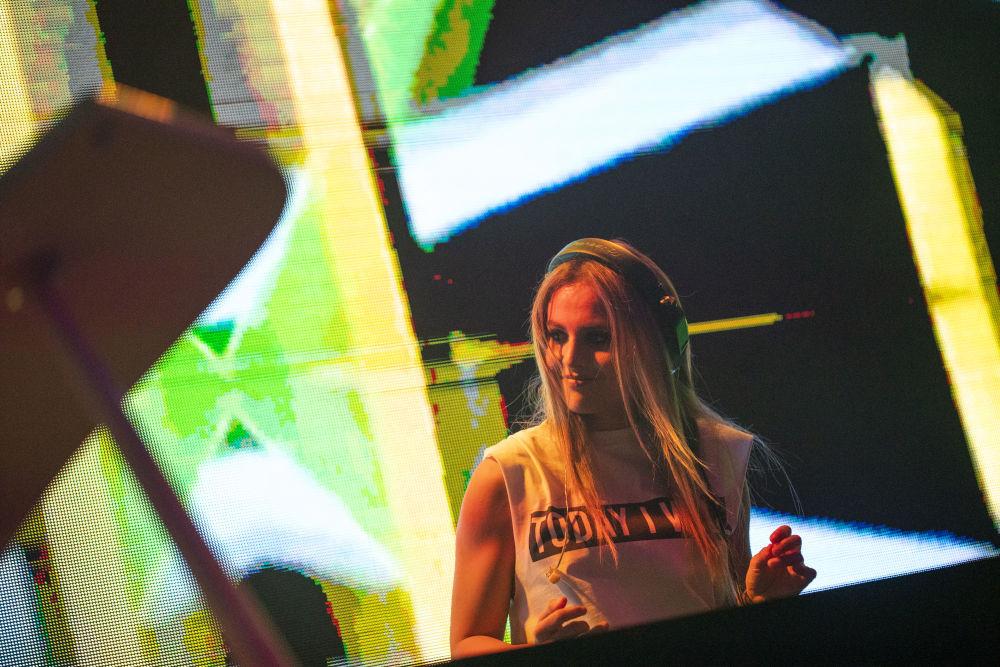 Η DJ και μουσική παραγωγός Xenia Ghali