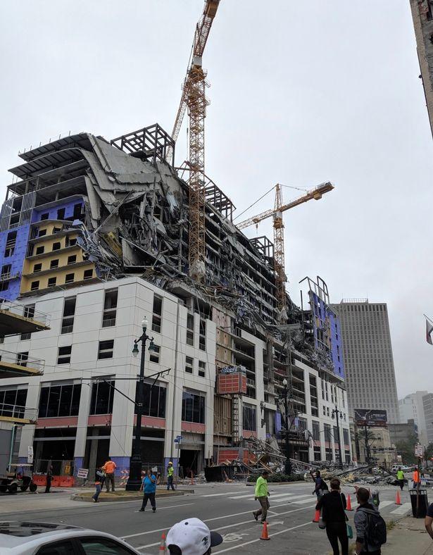 Ξενοδοχείο καταρρέει στην Νέα Ορλεάνη