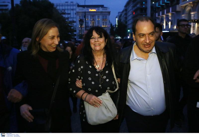 Η Μαριλίζα Ξενογιαννακοπούλου, η Άννα Βαγενά και ο Χρήστος Σπίρτζης / Φωτογραφία: INTIME NEWS