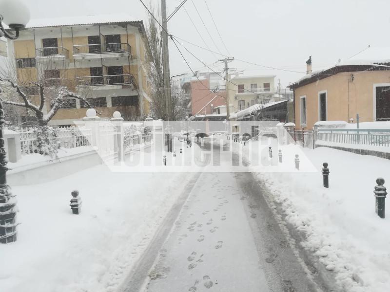 Χιονόπτωση στα Βίλια