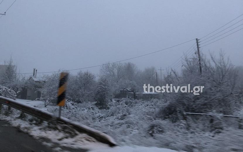 χιονι δρόμος