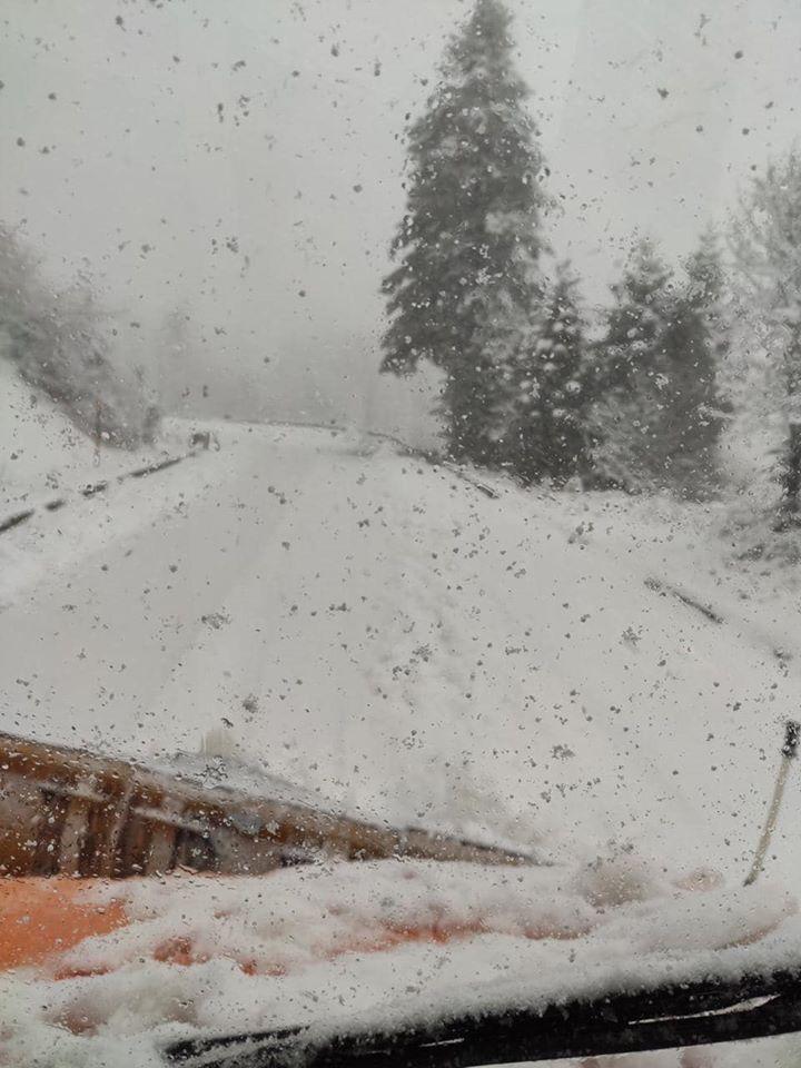 Πυκνό το χιόνι στα ορεινά της Φθιώτιδας
