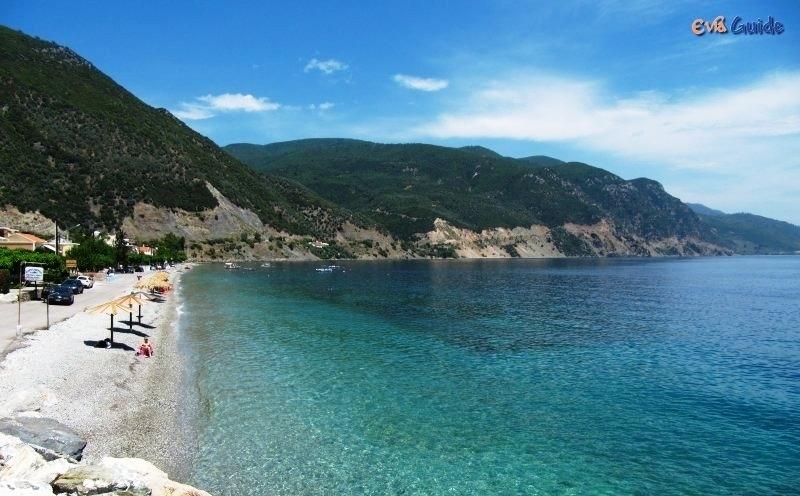 Παραλία στο χωριό Ηλια