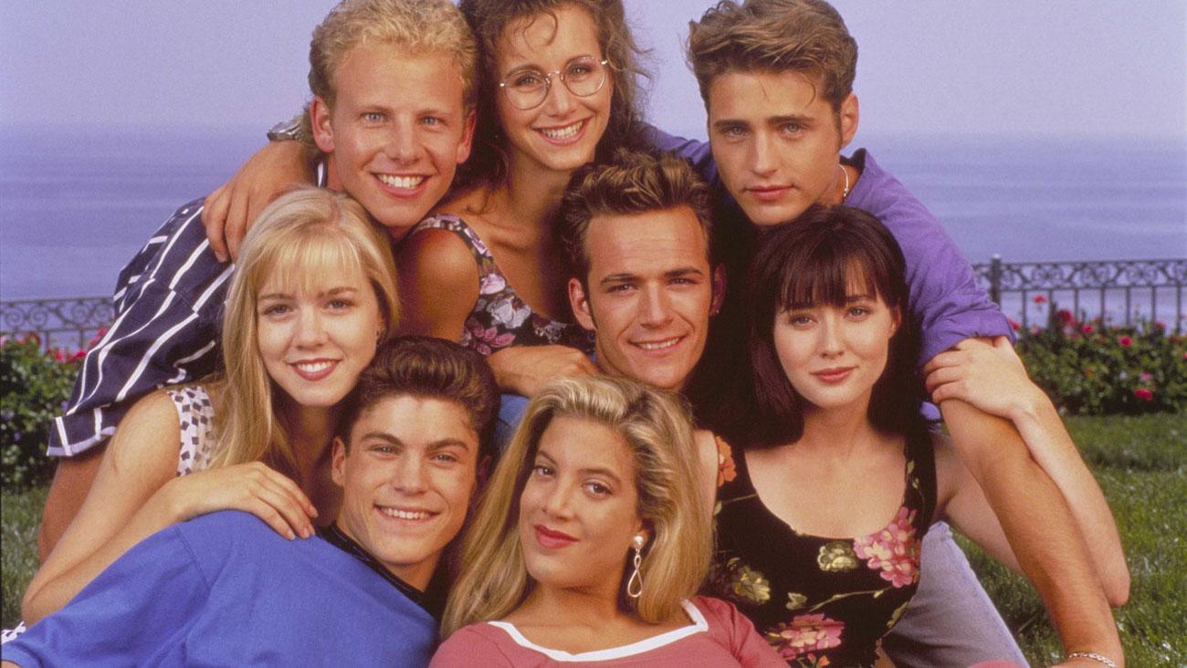 Κέλι, Στίβεν, Αντρεα, Ντίλαν, Μπράντον και Μπρέντα από τη σειρά «Χτυποκάρδια στο Μπέβερλι Χίλς»
