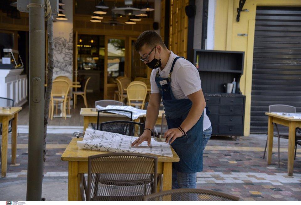 Η εστίαση επέστρεψε: Πελάτες γεμίζουν τα τραπεζάκια καφετεριών -Οι πρώτες  εικόνες   ΕΛΛΑΔΑ   iefimerida.gr
