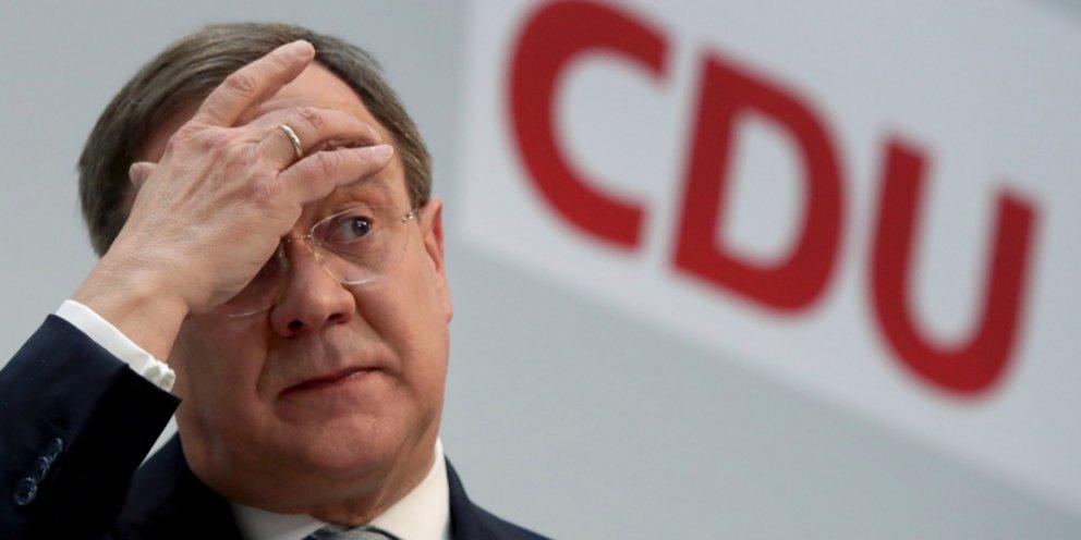 Γερμανία: Δεύτερη συγγνώμη Λάσετ για τα γέλια όταν ο Σταϊνμάιερ θρηνούσε για τις φονικές πλημμύρες | ΚΟΣΜΟΣ