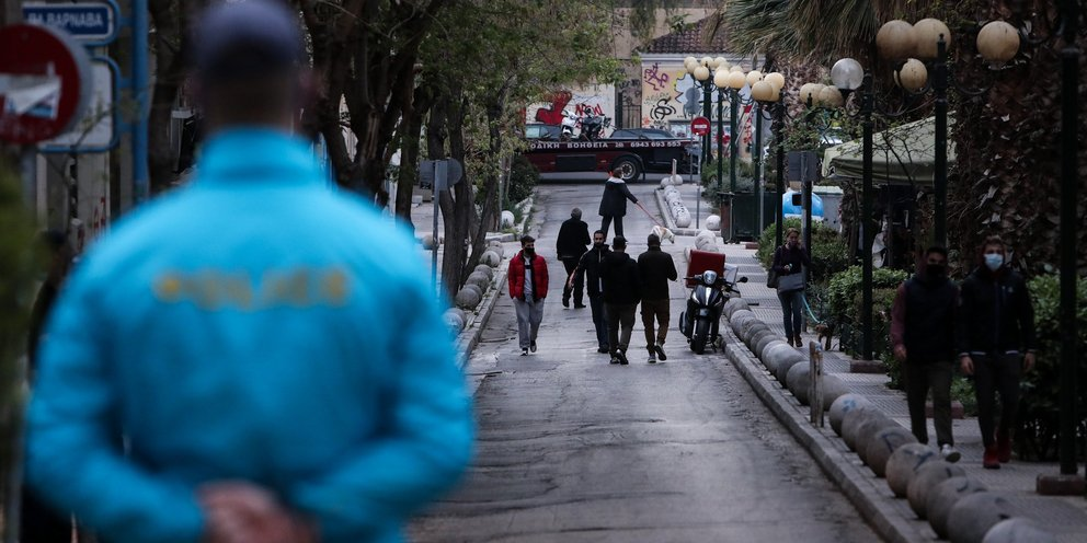 Δεν σταματούν οι έλεγχοι για τα μέτρα: 895 παραβάσεις την Παρασκευή -Οι 687 για μετακινήσεις