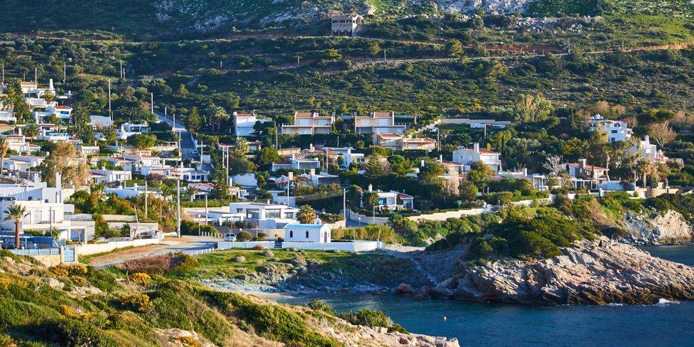 Στο «κόκκινο» οι πληρότητες στα παραθαλάσσια της Αττικής -Παρατείνουν τις  διακοπές του Πάσχα λόγω Πρωτομαγιάς   ΕΛΛΑΔΑ   iefimerida.gr