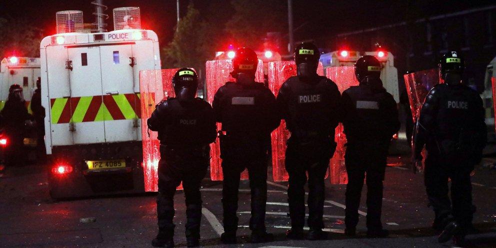 Bόρεια Ιρλανδία: Συμφωνία για τη διατήρηση της από κοινού διακυβέρνησης στο Μπέλφαστ | ΚΟΣΜΟΣ