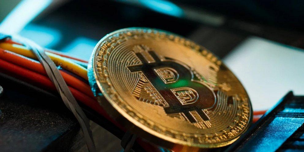 Νέα βουτιά για το bitcoin μετά την ανακοίνωση της Κίνας για την καταστολή εξόρυξης του κρυπτονομίσματος