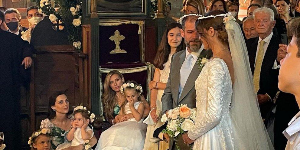 Αντώνης Λαιμός-Μαρίκα Αράπογλου: Οι πρώτες φωτό από τον εφοπλιστικό γάμο στο Πάπιγκο -Με εντυπωσιακό νυφικό η νύφη [εικόνες]