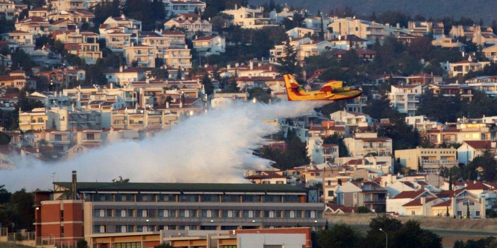 Θεσσαλονίκη: Οριοθετήθηκε η φωτιά στο Πανόραμα -Παραμένουν ισχυρές δυνάμεις της Πυροσβεστικής | ΕΛΛΑΔΑ