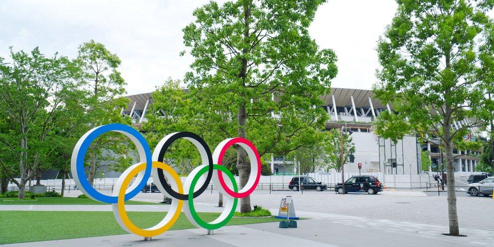 Ιάπωνας πρωθυπουργός: Δεν αποκλείω τη διεξαγωγή Ολυμπιακών Αγώνων χωρίς θεατές