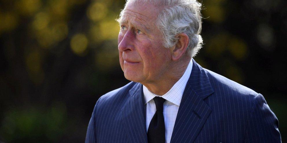 «Εξω από το παλάτι μου»: Θύμωσε ο Κάρολος, δεν θα επιτρέψει στον Άρτσι να γίνει πρίγκιπας, το παρασκήνιο