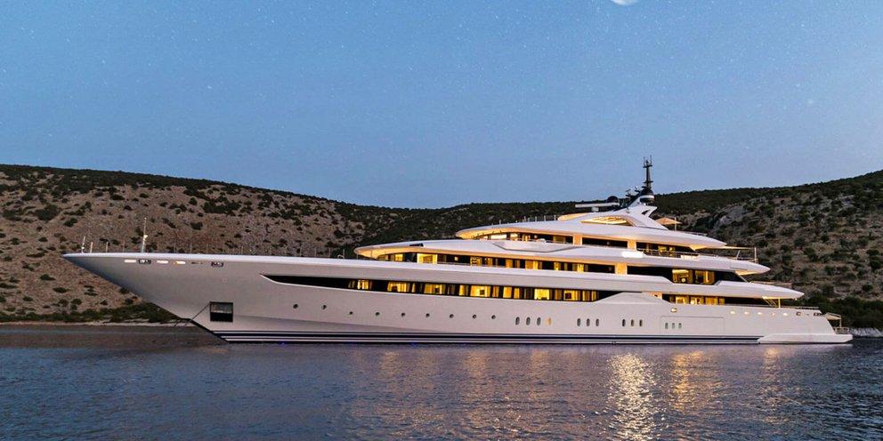 Μύκονος: Μέσα στο θαλάσσιο παλάτι που «έκλεισε» τη μισή Ψαρρού -Σε ποιον Έλληνα εφοπλιστή ανήκει [βίντεο] | ΖΩΗ