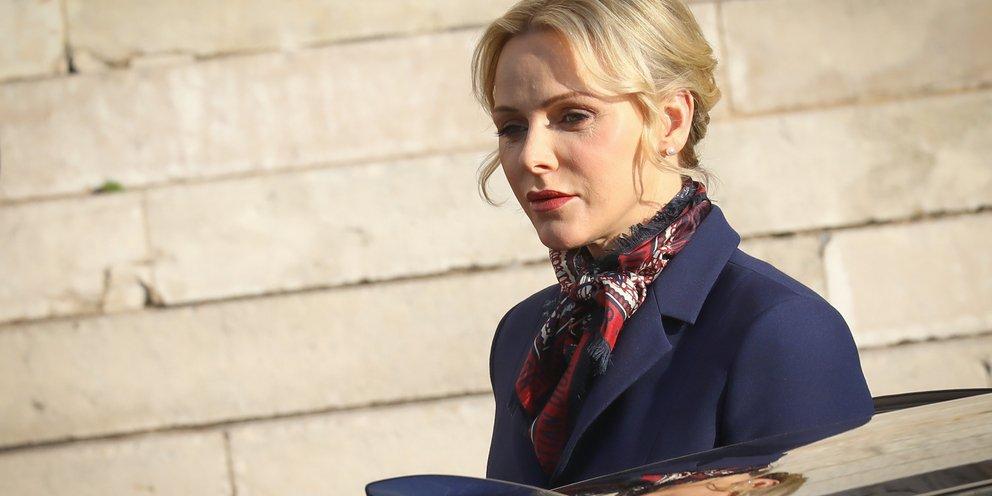 Η πριγκίπισσα Σαρλίν ανακοίνωσε ότι δεν θα επιστρέψει στο Μονακό τους επόμενους μήνες -Τι είπε