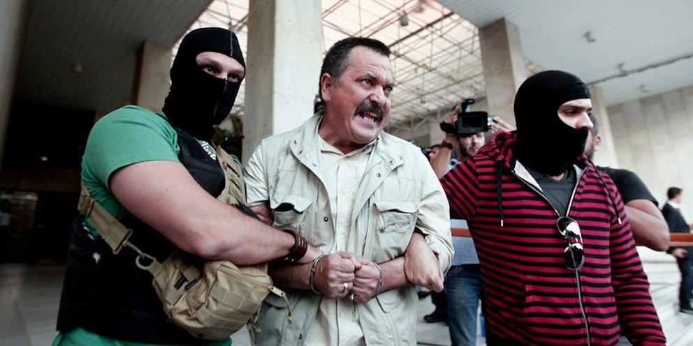 Συνελήφθη ο Χρήστος Παππάς της Χρυσής Αυγής -Στου Ζωγράφου | ΕΛΛΑΔΑ | iefimerida.gr
