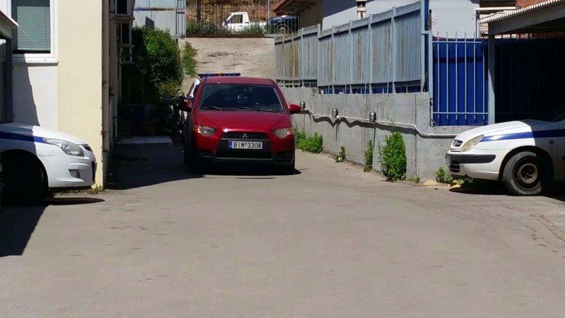 Κοκκινο αυτοκίνητο περιπολικά